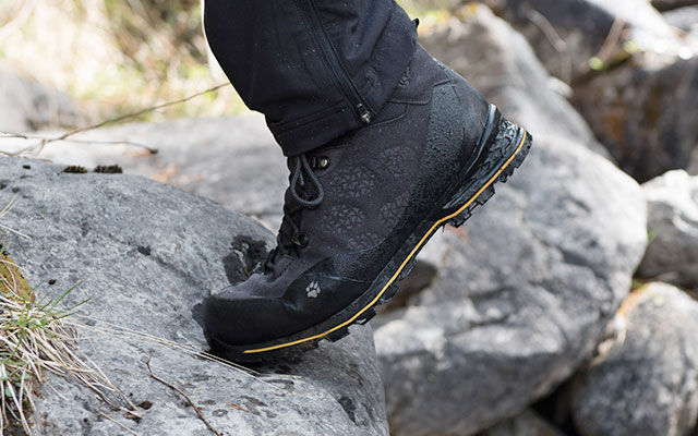 Men Trekking footwear