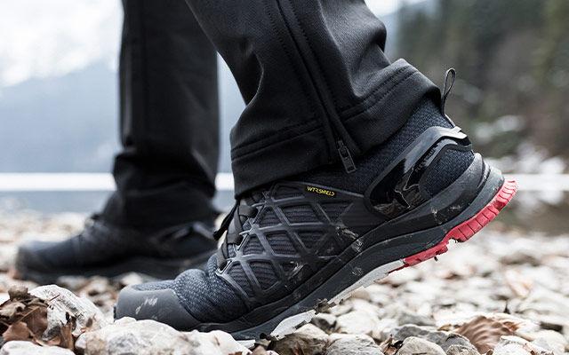 Men Trail running shoes